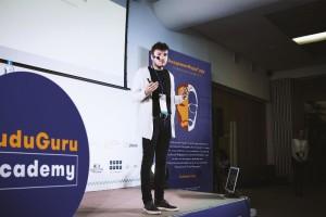 Эксперт BuduGuru Ярослав Капустинский выступает в Дубне.