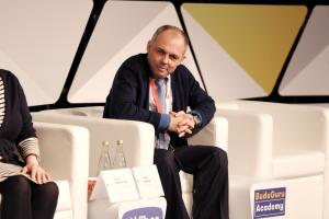 Игорь Марчак (руководитель проекта «Школа новых технологий») на конференции BuduGuru.